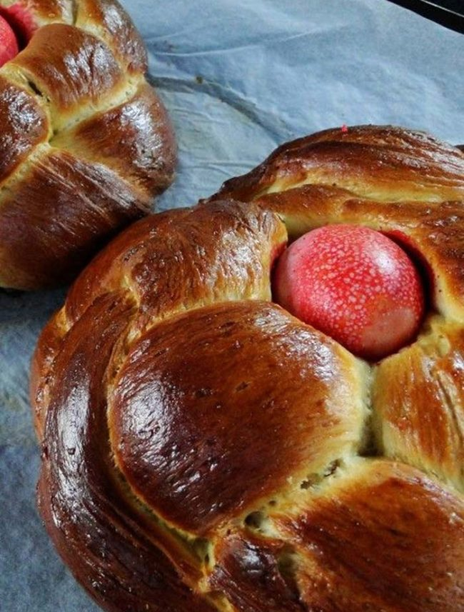 Easter Tsoureki