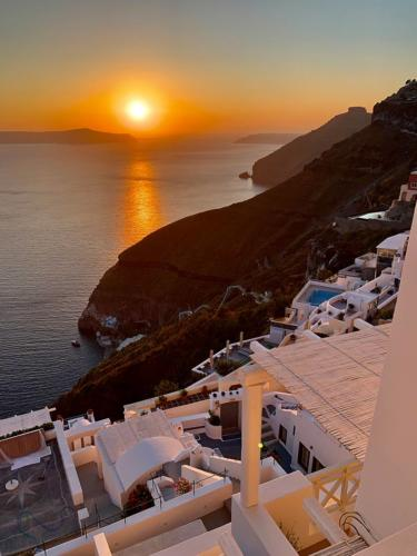 Santorini Caldera Sun Set