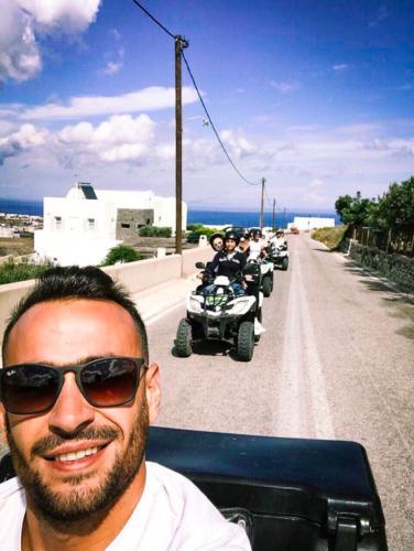 Private Santorini tour with ATV - Discover Santorini